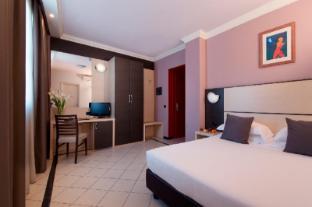 /ca-es/cdh-my-one-hotel-la-spezia/hotel/la-spezia-it.html?asq=jGXBHFvRg5Z51Emf%2fbXG4w%3d%3d