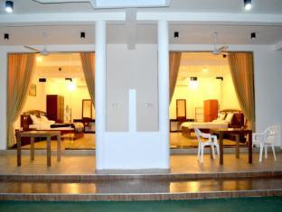 /ca-es/mangroven-river-view-hotel/hotel/bentota-lk.html?asq=jGXBHFvRg5Z51Emf%2fbXG4w%3d%3d