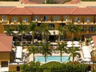 /ca-es/bellasera-resort/hotel/naples-fl-us.html?asq=jGXBHFvRg5Z51Emf%2fbXG4w%3d%3d