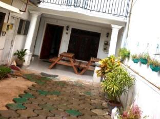/de-de/colombo-airport-luxury-hostel-negombo-beach/hotel/negombo-lk.html?asq=jGXBHFvRg5Z51Emf%2fbXG4w%3d%3d
