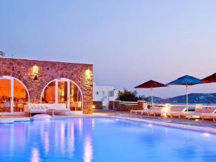 /en-sg/kouros-hotel-suites/hotel/mykonos-gr.html?asq=jGXBHFvRg5Z51Emf%2fbXG4w%3d%3d