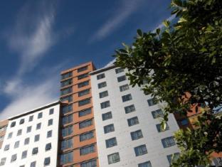 /lt-lt/aparthotel-roomzzz-leeds-city-west/hotel/leeds-gb.html?asq=jGXBHFvRg5Z51Emf%2fbXG4w%3d%3d