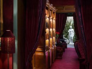 Maison Souquet Hotel