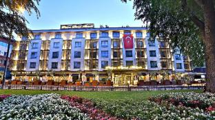 /nl-nl/dosso-dossi-hotels-downtown/hotel/istanbul-tr.html?asq=jGXBHFvRg5Z51Emf%2fbXG4w%3d%3d