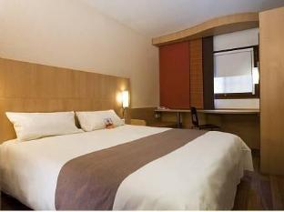 /da-dk/hotel-ibis-antibes-sophia-antipolis/hotel/le-bar-sur-loup-fr.html?asq=jGXBHFvRg5Z51Emf%2fbXG4w%3d%3d