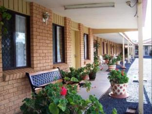 /ar-ae/three-ways-motel/hotel/gilgandra-au.html?asq=jGXBHFvRg5Z51Emf%2fbXG4w%3d%3d