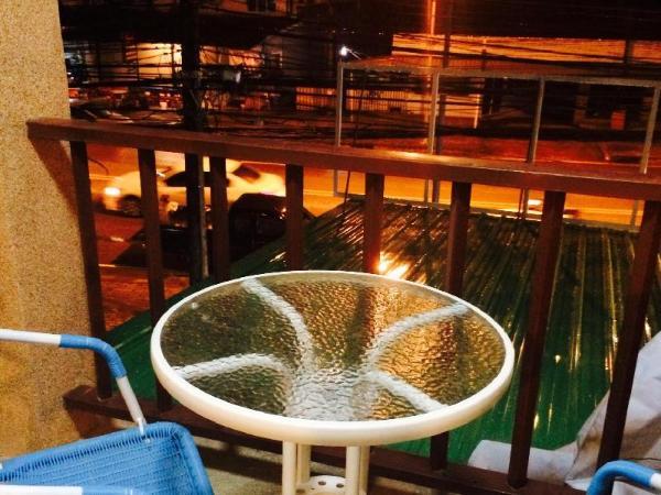 Ratris Guesthouse Krabi