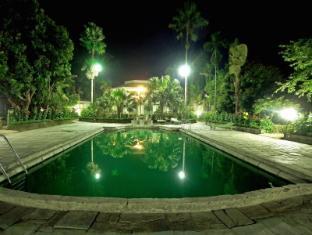 /nl-nl/the-rhino-residency-resort/hotel/chitwan-np.html?asq=jGXBHFvRg5Z51Emf%2fbXG4w%3d%3d