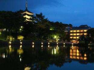 /ca-es/sarusawaike-yoshidaya/hotel/nara-jp.html?asq=jGXBHFvRg5Z51Emf%2fbXG4w%3d%3d