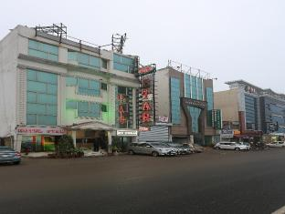FabHotel Star Delhi Airport