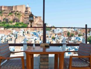 /ca-es/castle-view-home-stay/hotel/jodhpur-in.html?asq=jGXBHFvRg5Z51Emf%2fbXG4w%3d%3d