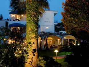 /en-sg/a-pazziella-hotel/hotel/capri-it.html?asq=jGXBHFvRg5Z51Emf%2fbXG4w%3d%3d