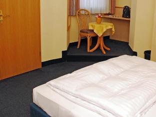 /en-sg/city-partner-hotel-strauss/hotel/wurzburg-de.html?asq=jGXBHFvRg5Z51Emf%2fbXG4w%3d%3d