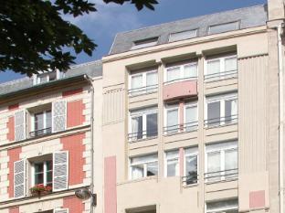 One Bedroom Apartment Paris 2