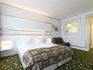/en-sg/hotel-bayer-s/hotel/munich-de.html?asq=jGXBHFvRg5Z51Emf%2fbXG4w%3d%3d