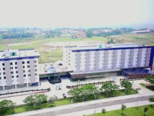 /da-dk/sakura-park-hotel-and-residence/hotel/cikarang-id.html?asq=jGXBHFvRg5Z51Emf%2fbXG4w%3d%3d