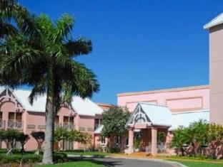 /ja-jp/comfort-suites-paradise-island-hotel/hotel/nassau-bs.html?asq=jGXBHFvRg5Z51Emf%2fbXG4w%3d%3d