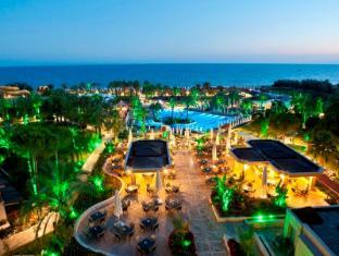 /ca-es/crystal-tat-beach-resort-spa/hotel/antalya-tr.html?asq=jGXBHFvRg5Z51Emf%2fbXG4w%3d%3d