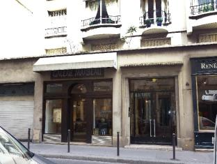 Miromesnil Apartment 1