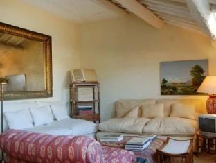 Monserrato Elegant Panoramic 1 Bedroom Apartment
