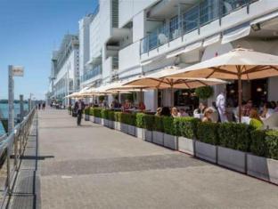 Princes Wharf Luxury Apartment