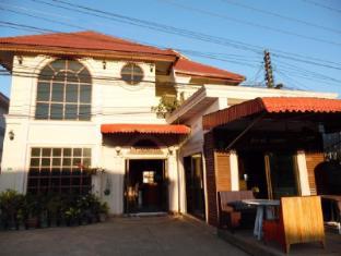 /cs-cz/pheuankeo-1-guesthouse/hotel/houayxay-la.html?asq=jGXBHFvRg5Z51Emf%2fbXG4w%3d%3d
