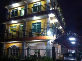 Aranas-Carillo Travellers Inn