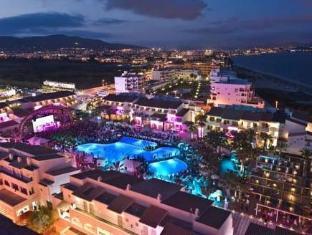 /da-dk/ushuaia-ibiza-beach-hotel-adults-only/hotel/ibiza-es.html?asq=jGXBHFvRg5Z51Emf%2fbXG4w%3d%3d