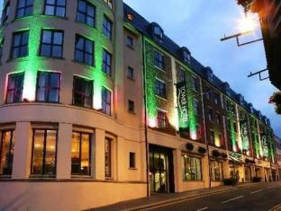 /de-de/maldron-hotel-derry-formerly-the-tower-hotel/hotel/derry-londonderry-gb.html?asq=jGXBHFvRg5Z51Emf%2fbXG4w%3d%3d