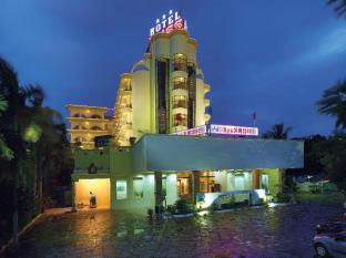 /de-de/hotel-bliss/hotel/tirupati-in.html?asq=jGXBHFvRg5Z51Emf%2fbXG4w%3d%3d