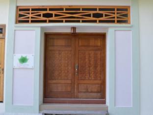 Sahaamaa Palace