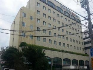 /fr-fr/royal-hotel-jeju/hotel/jeju-island-kr.html?asq=jGXBHFvRg5Z51Emf%2fbXG4w%3d%3d