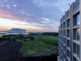 /cs-cz/the-island-marina-resort/hotel/jeju-island-kr.html?asq=jGXBHFvRg5Z51Emf%2fbXG4w%3d%3d