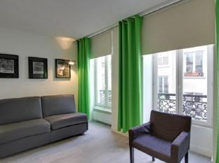 Parisian Home Apartments Louvre - Bourse 3