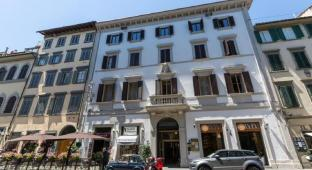 /ar-ae/florence-dome-hotel/hotel/florence-it.html?asq=jGXBHFvRg5Z51Emf%2fbXG4w%3d%3d