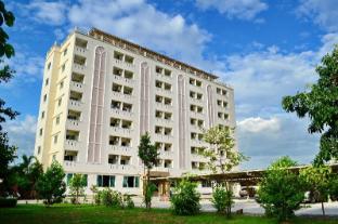 /ca-es/larrivee/hotel/samut-prakan-th.html?asq=jGXBHFvRg5Z51Emf%2fbXG4w%3d%3d