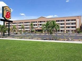 /ca-es/super-8-ft-myers-fl-hotel/hotel/fort-myers-fl-us.html?asq=jGXBHFvRg5Z51Emf%2fbXG4w%3d%3d