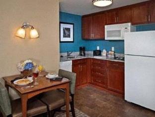 /bg-bg/residence-inn-by-marriott-baltimore-downtown-inner-harbor/hotel/baltimore-md-us.html?asq=jGXBHFvRg5Z51Emf%2fbXG4w%3d%3d