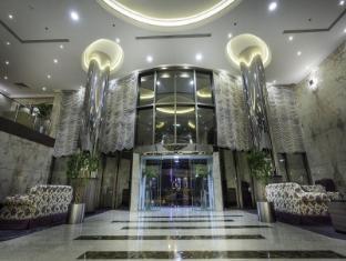 /da-dk/howard-johnson-cornich-hotel/hotel/dammam-sa.html?asq=jGXBHFvRg5Z51Emf%2fbXG4w%3d%3d