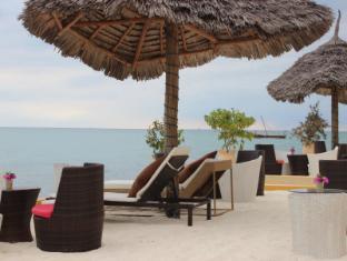 The Island Beach Getaway Resorts