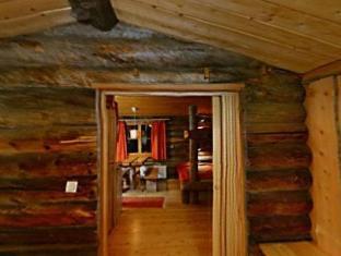/de-de/kakslauttanen-arctic-resort-igloos-and-chalets/hotel/saariselka-fi.html?asq=jGXBHFvRg5Z51Emf%2fbXG4w%3d%3d