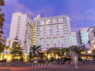 /da-dk/grand-clarion-hotel-and-convention/hotel/makassar-id.html?asq=jGXBHFvRg5Z51Emf%2fbXG4w%3d%3d