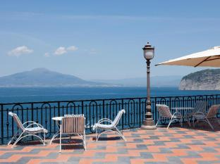 /zh-tw/grand-hotel-royal/hotel/sorrento-it.html?asq=jGXBHFvRg5Z51Emf%2fbXG4w%3d%3d